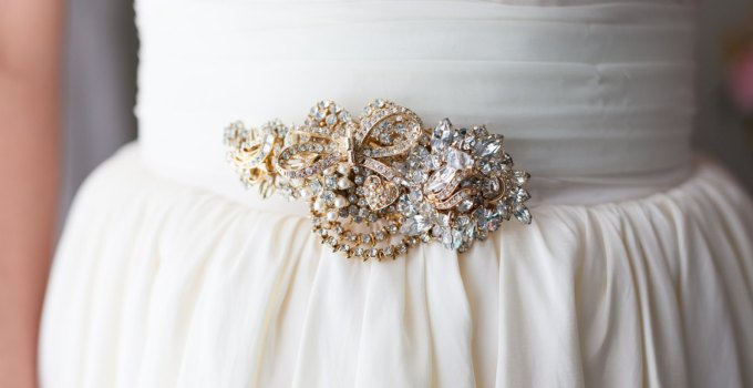 Brooch Dress Sash | http://emmalinebride.com/bride/brooch-dress-sash/
