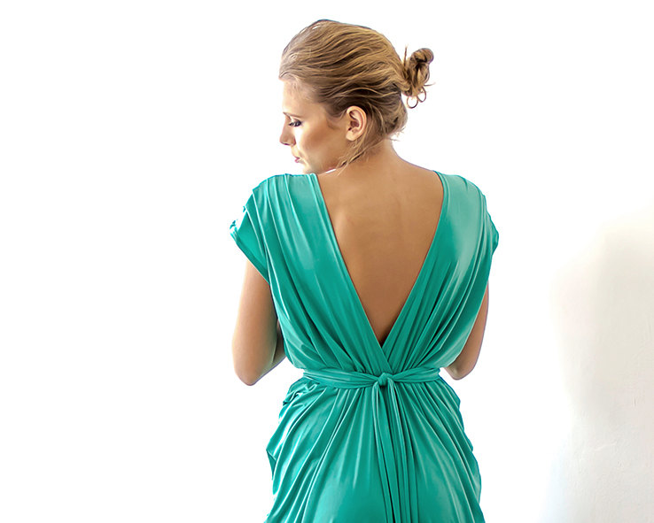 Green Bridesmaid Maxi Dress | via Bridesmaid Maxi Dresses http://emmalinebride.com/bridesmaids/bridesmaid-maxi-dresses/