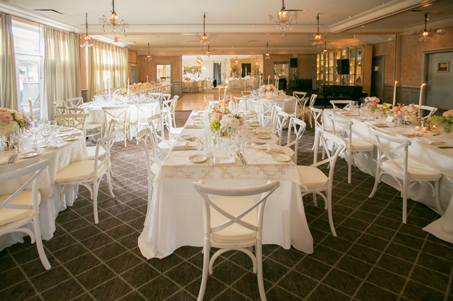 reception decor and table settings at Connecticut waterfront wedding - photo: Melani Lust Photography | via http://emmalinebride.com
