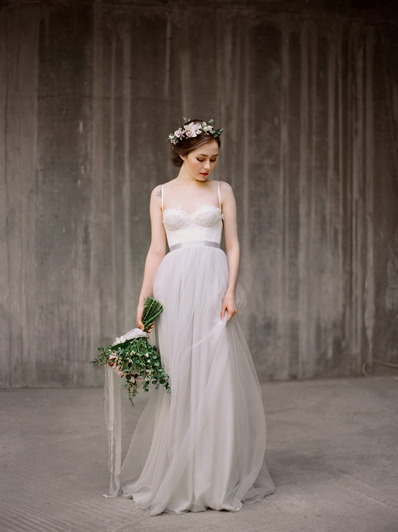 grey wedding dress chiffon bottom | by milamira bridal | http://emmalinebride.com/planning/dress-chiffon-bottom/