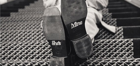 grooms-shoes-bottom-lettering-echard-wheeler-photography