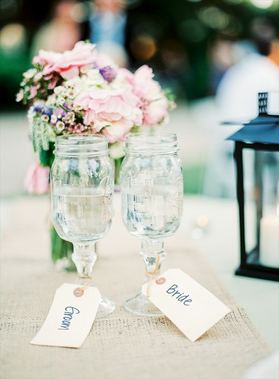 mason jar toasting glasses (photo: daniel kim) via 8 Creative Wedding Drink Glasses