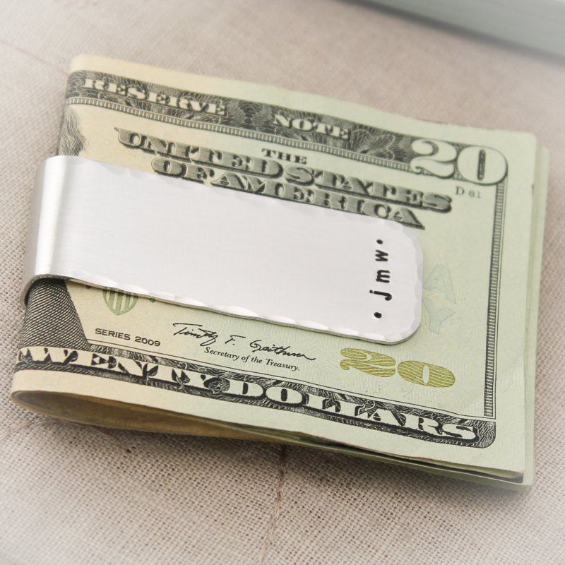 money clip | 50 Most Unique Groomsmen Gifts | via http://emmalinebride.com/groom/unique-groomsmen-gifts-2015/