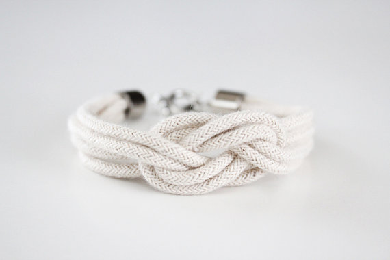 Bridesmaid Gift Giving Rules: nautical knot bracelet by Junghwa