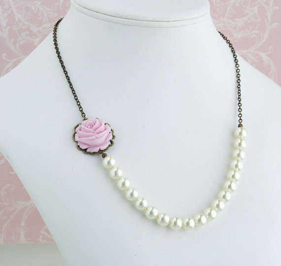 pearl flower necklace pink cabochon
