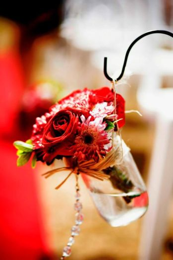 red rose hanging mason jar vases
