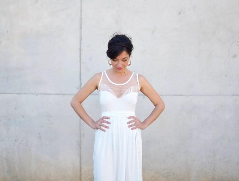 short wedding reception dress | Reception Dress Tips Every Bride Should Know | via http://emmalinebride.com/bride/reception-dress-tips/