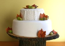 tree-slice-wedding-cake-stands-2