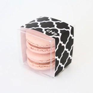 trellis pattern - macaron favor box   via http://emmalinebride.com/favors/giving-macaron-favors/