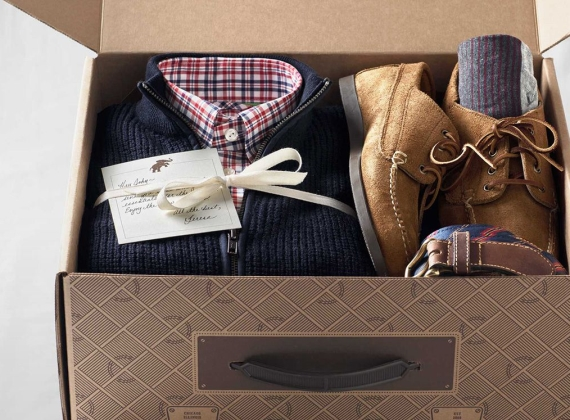 trunkclub via 12 Manly, Unique Groomsmen Gift Ideas