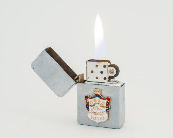 15 Awesome Groomsmen Gift Ideas (vintage lighter: luminous whatnots)