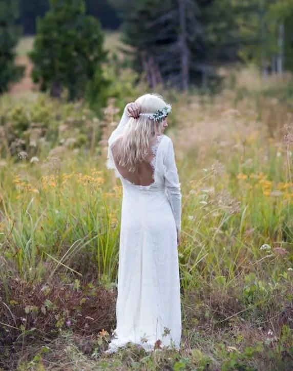 vintage open back wedding dress
