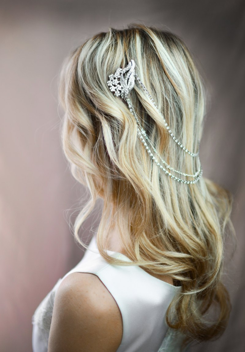 wedding hair chain - hair down | bridal hair chain | via http://emmalinebride.com/bride/bridal-hair-chain/