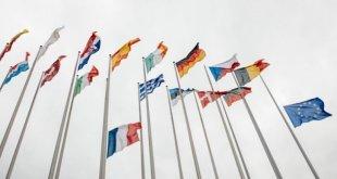 eu-parlament_netzneutralitaet-595x397