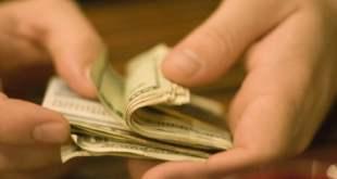 Paying-Cash1