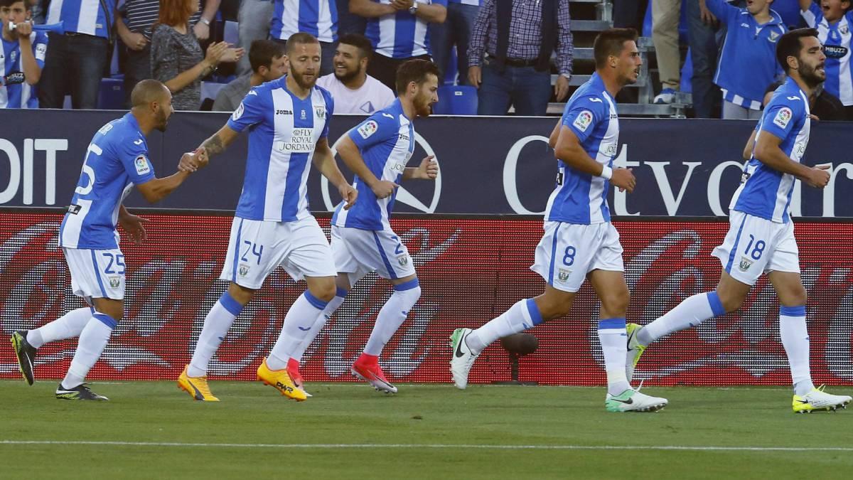 Los jugadores del Leganés volvieron ciegos a Madrid por culpa de las luces de Navidad de Vigo