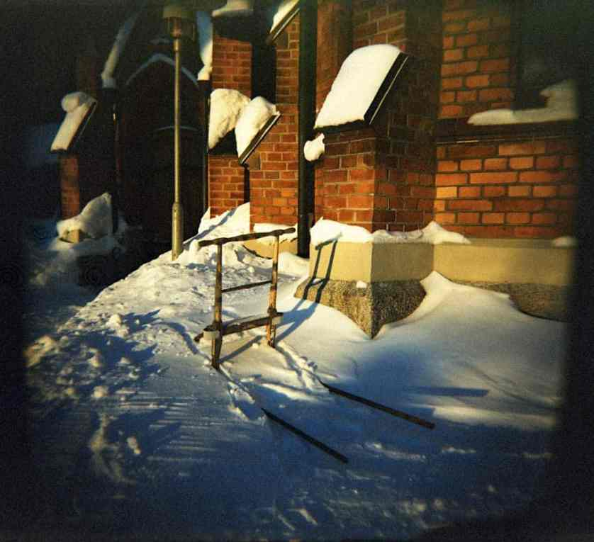 Jonas - Holga Velvia XPRO - Winter transport to church