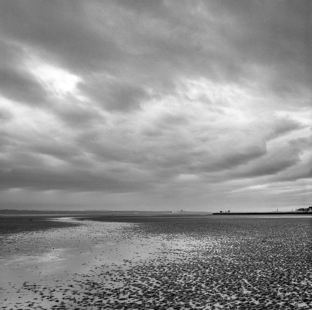 David Wilkinson - ‏@davewilkinson5 - #FP4Party The last one from the Roll, all taken on a Hasselblad 501CM and 80mm f2.8 Planar lens, yellow filter. Roll on next month.