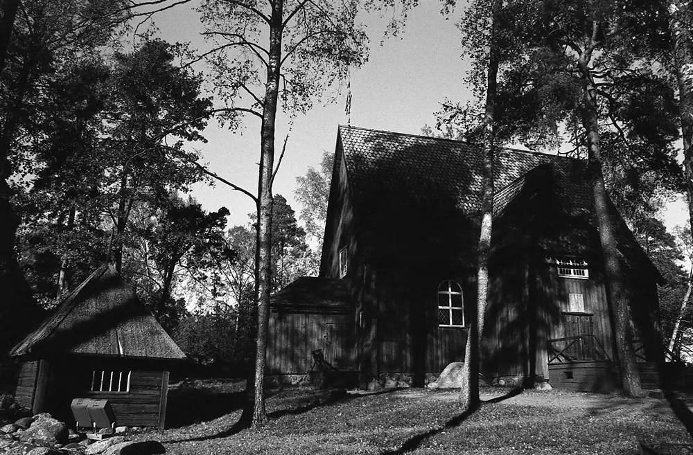 Seurasaari Scenery - Shot at EI 640 with Ilford Delta 100, Canon A-1 – semi-stand development with Rodinal 1:100