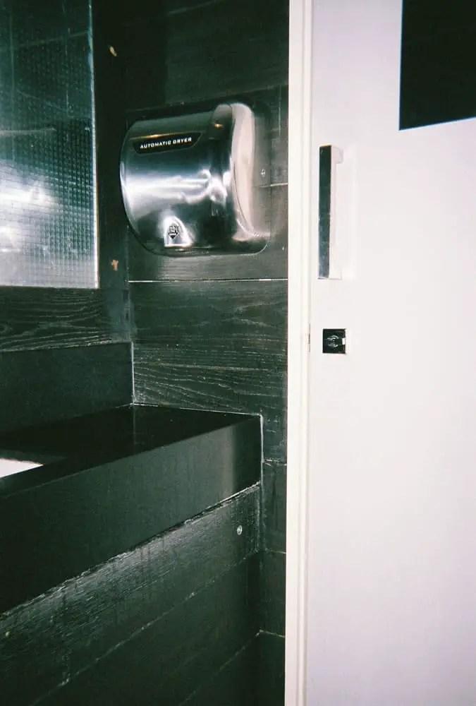 View 20, Fujifilm Superia 200 Disposable, Beagle, Hoxton