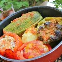 Stuffed vegetables with sour vulgur.