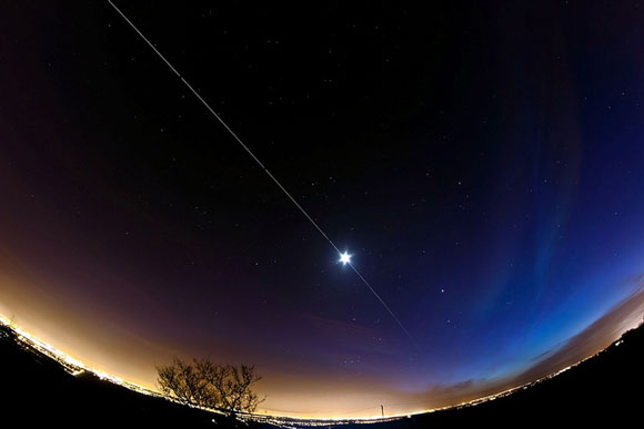 what does the space station look like from earth - photo #16