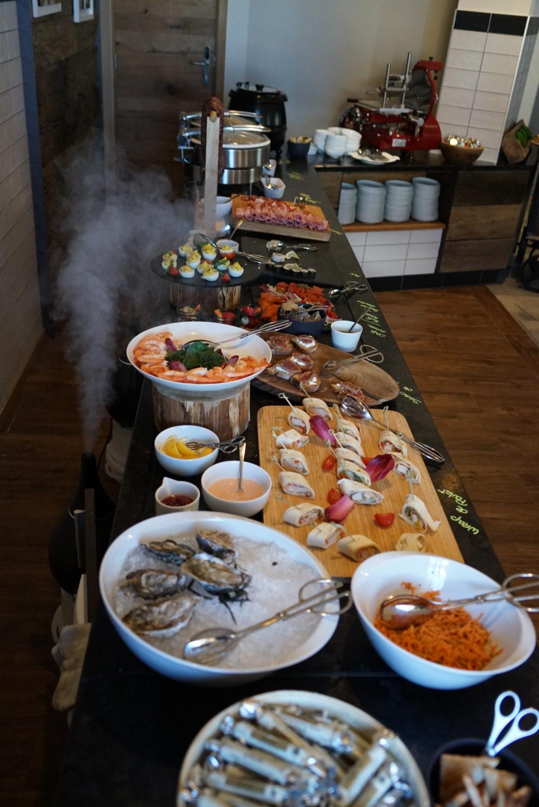 breakfast, val thorens, pashmina, hotel, refuge, terrace, mountain, trip, holidays