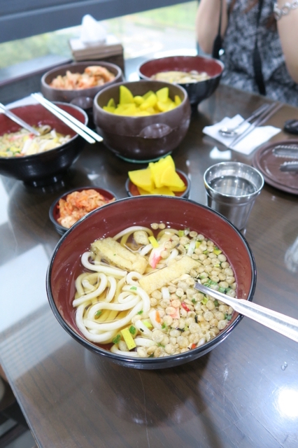best-of-korean-food-and-culture-udong-noodles-at-chungha-review-enabalista_0000