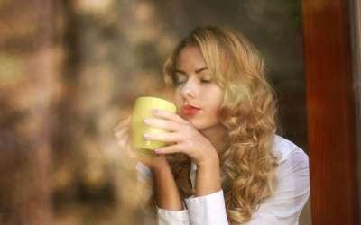 γυναίκα τσάι ουδέτερο