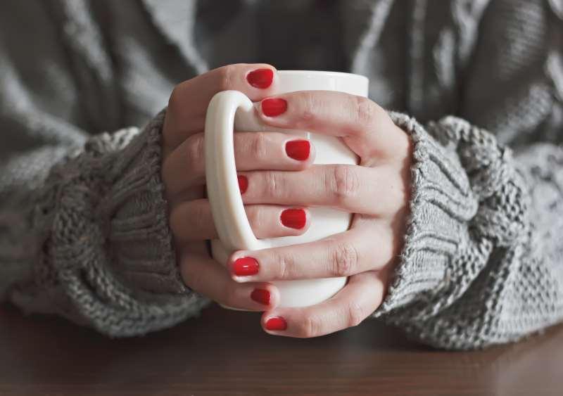 κρύο χειμάνωας ρόφημα τσάι