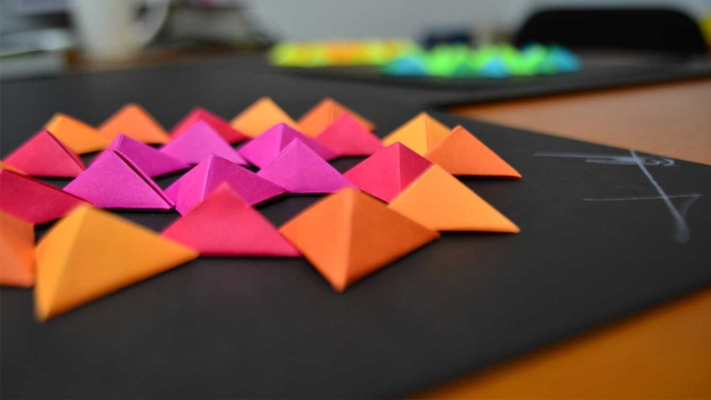 Piramide arte origami javier miranda