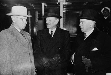 U.S. President Harry Truman - British Prime Minister Clement Attlee - Canadian President William Lyon Mackenzie King