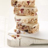 Crumb yogurt and cranberry tiffin