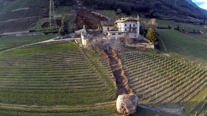 desprendimiento-rocas-tramin