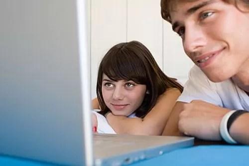 jovenes y internet