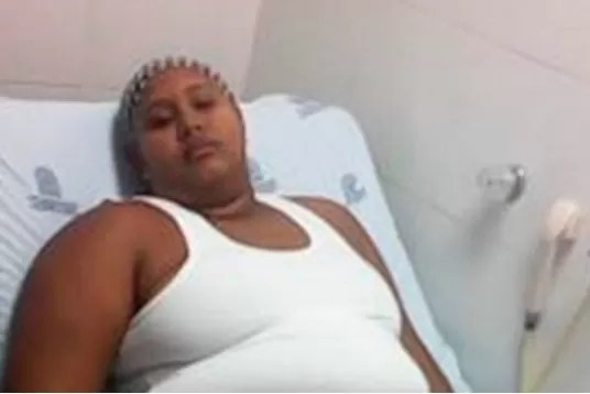 mujer intoxicada vive 100