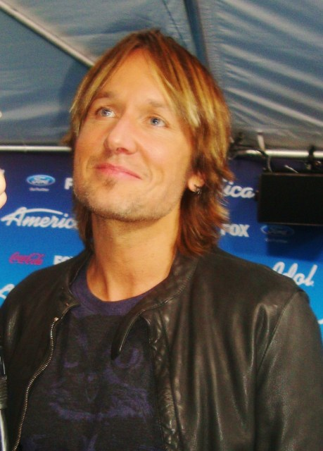 Keith Urban (photo by Margie Barron)
