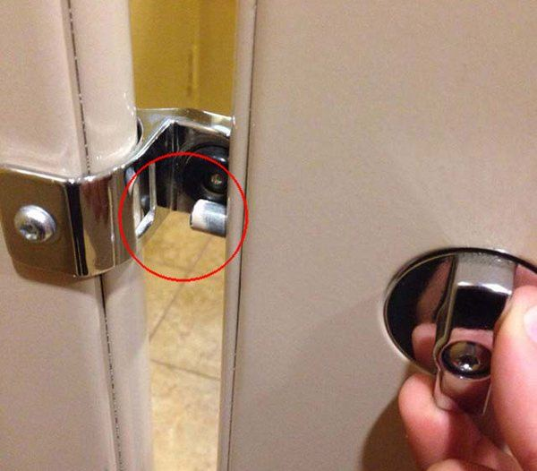 bathroom-lock