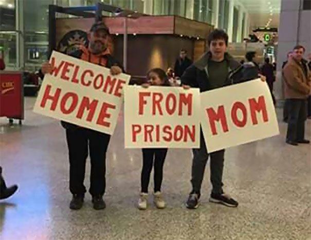 funny-airport-pics-2