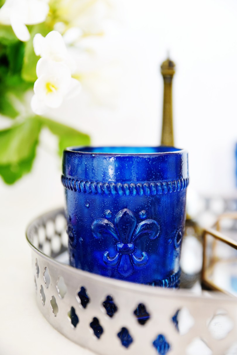 How to make stained candle votives safely without glass paint (click through for the tutorial)