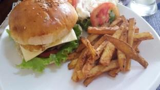 Un burger délicieux!