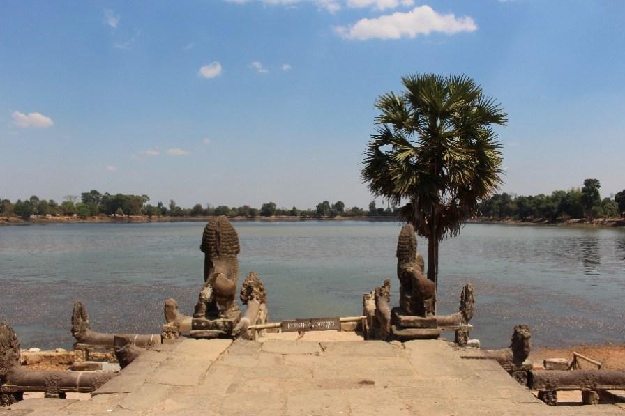 Le temple Sra Srang