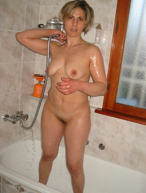 labiaholic nude