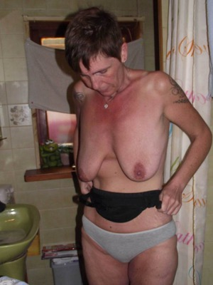 older nude women at home