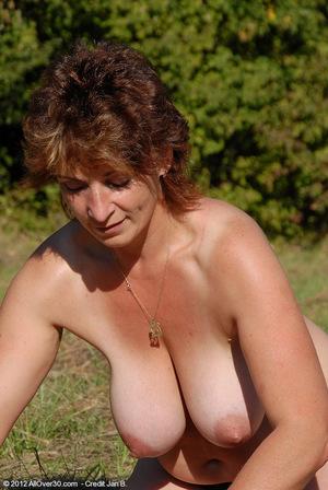 hot mom selfie
