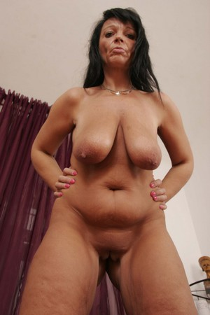shaved latina milf