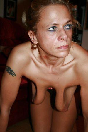 my moms tits