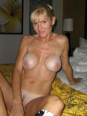 big boobs nude beach babes