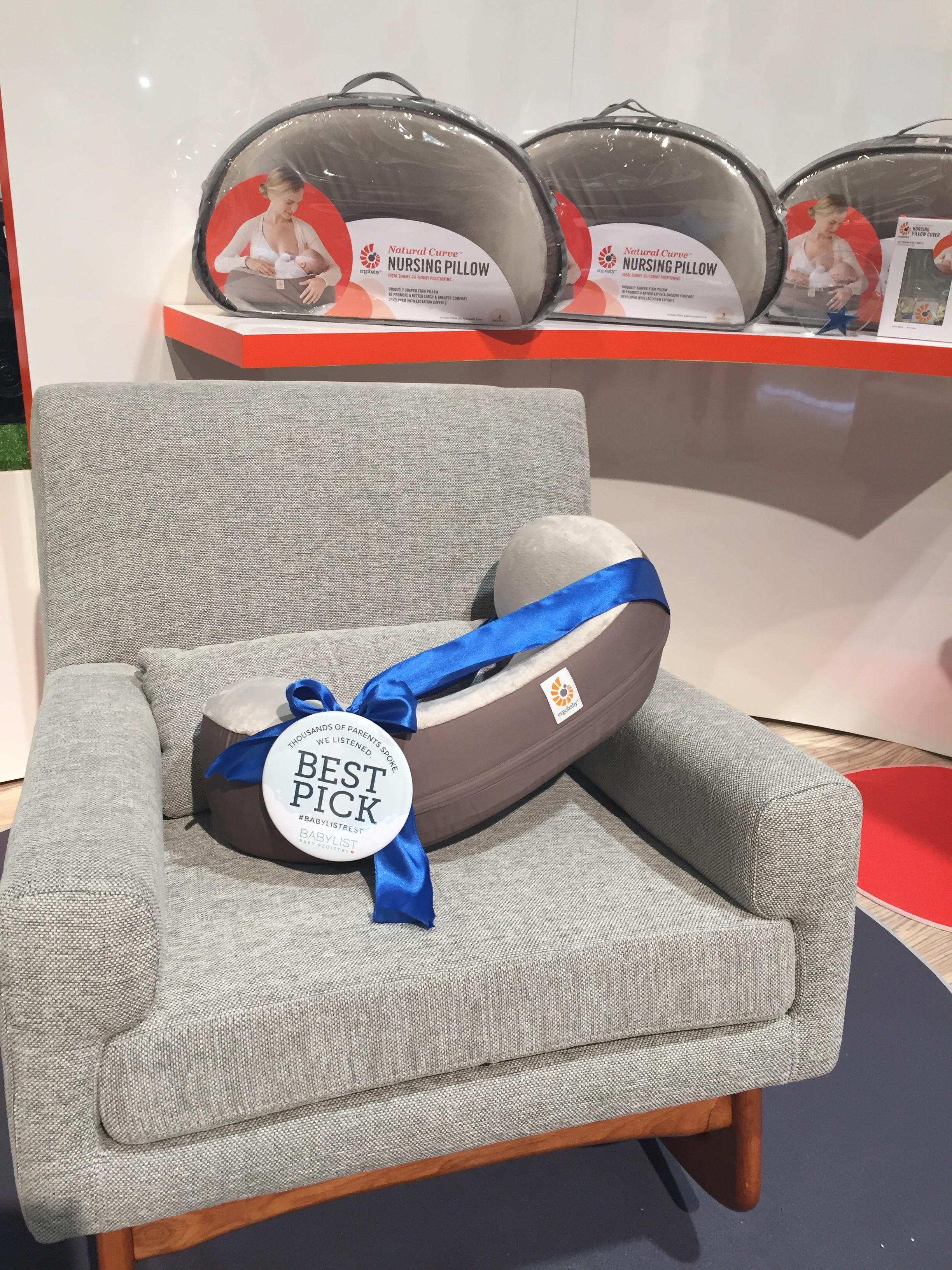 Comfortable Large Breasts Nursing Pillow Uk Nursing Pillow Nursing Pillow Blog Ergobaby Blog Nursing Pillow baby Best Nursing Pillow