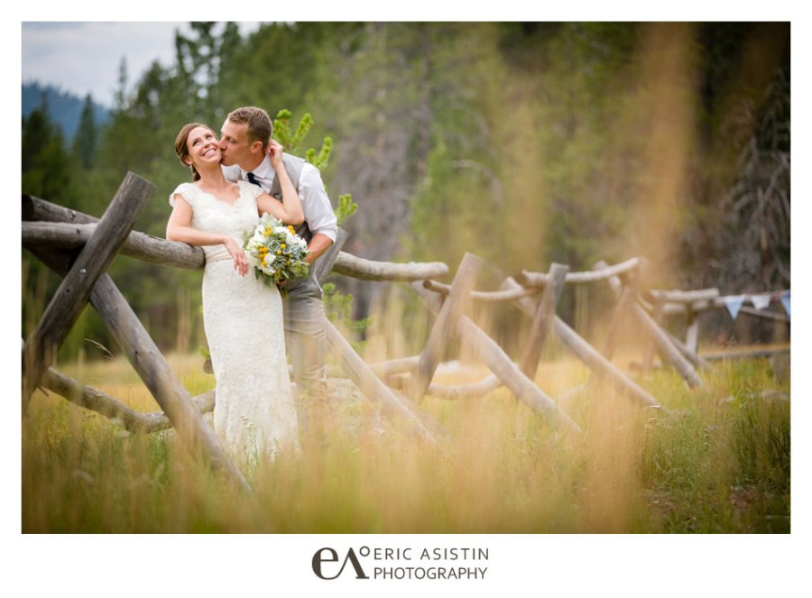 Weddings-on-the-Truckee-River-by-Eric-Asistin-Photography_040